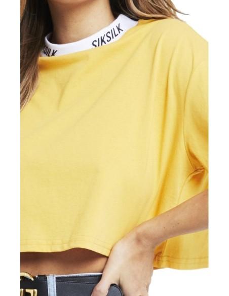 Camiseta SikSilk Con Cuello Alto y Logo Mostaza