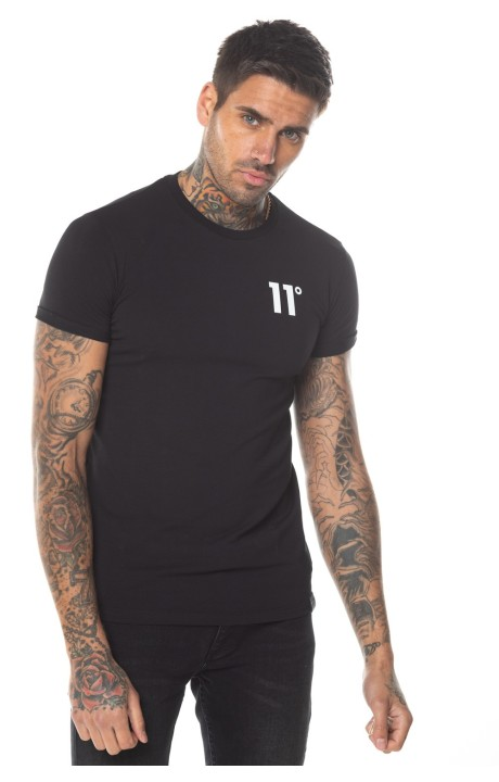 Camiseta 11 Degrees Core Muscle Fit Negra